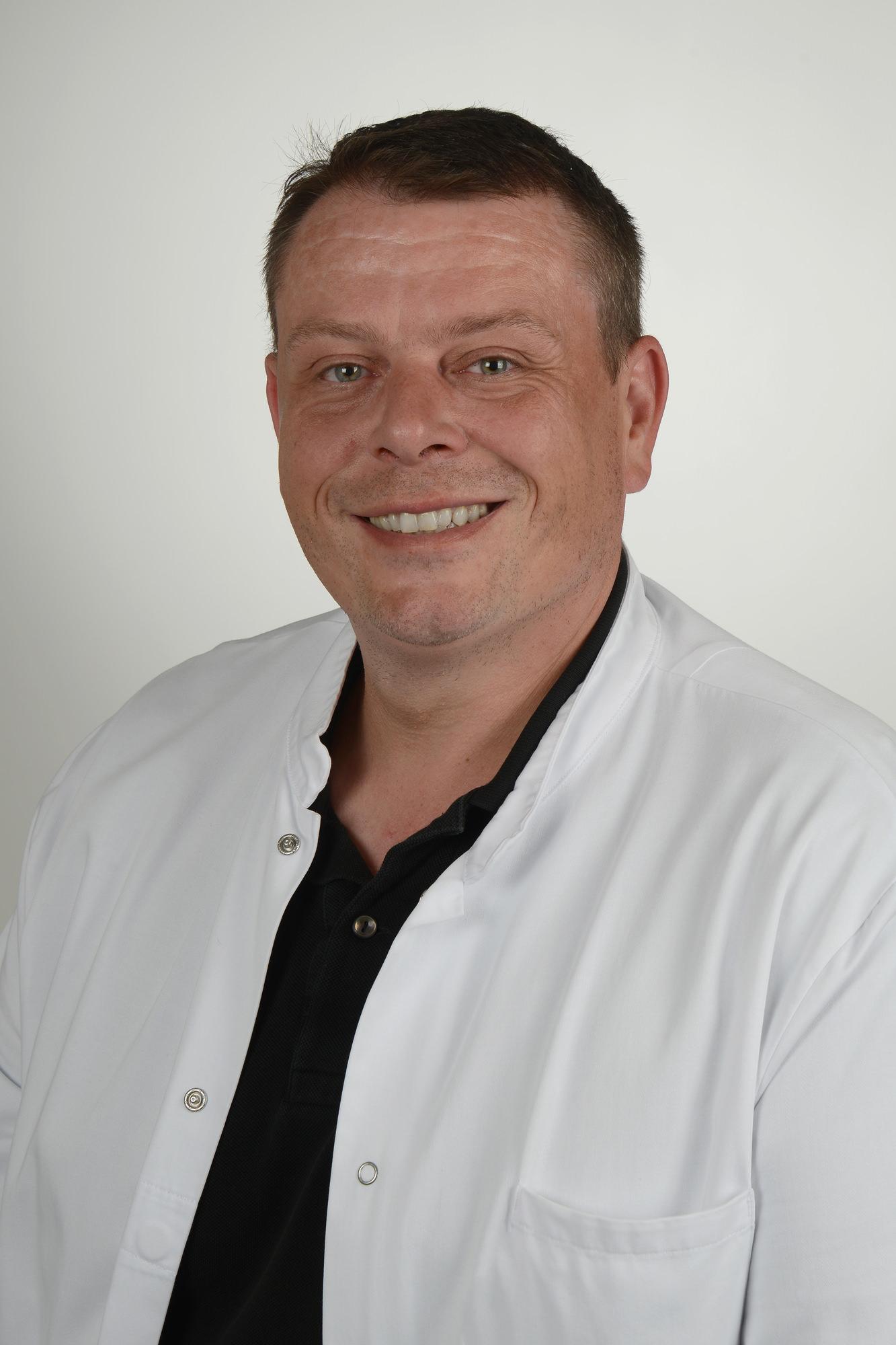 Dr. Kastenberger